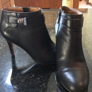 Coach Boot Heels. Black. Size 8.